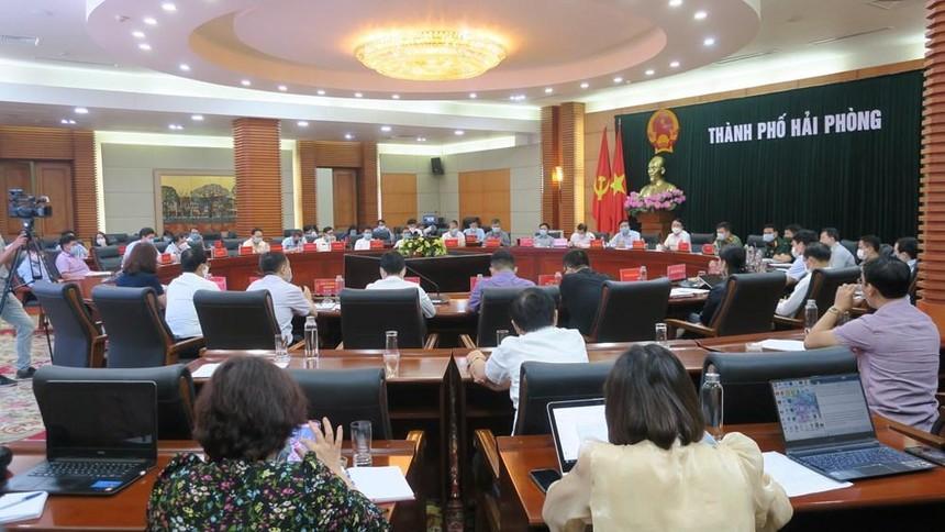 UBND TP Hải Phòng họp Ban chỉ đạo phòng chống dịch Covid-19 trong tình hình mới sáng 02/5