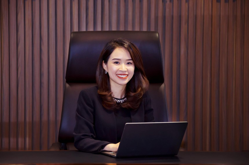 Bà Trần Thị Thu Hằng đảm nhiệm vị trí Chủ Tịch HĐQT Kienlongbank (KSBank) nhiệm kỳ 2018-2022