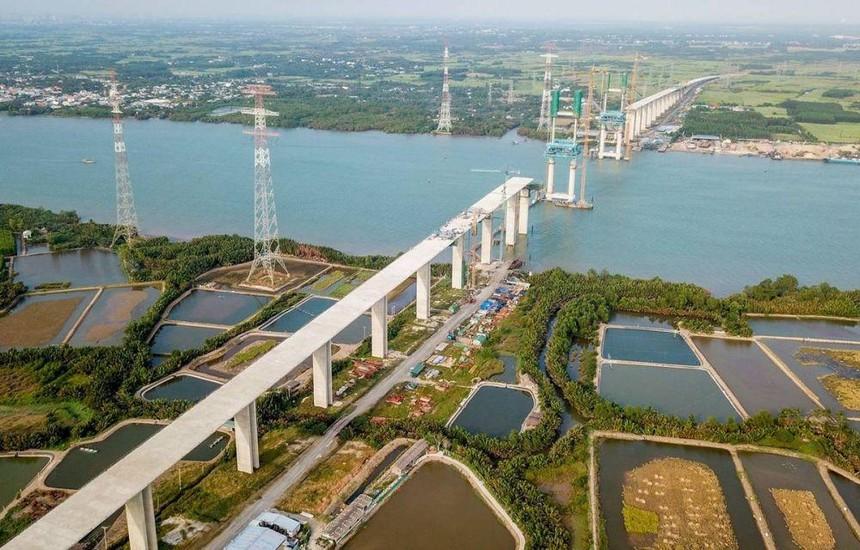 Một đoạn tuyến cao tốc Bến Lức - Long Thành do VEC đang tiến hành đầu tư.