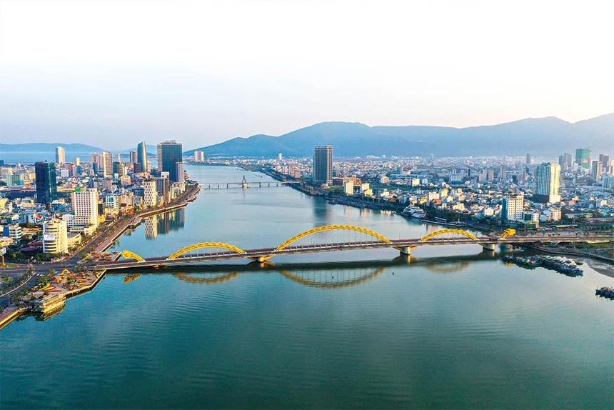 Đà Nẵng là thành phố đặc biệt của Việt Nam, là trung tâm tài chính hàng đầu khu vực, là điểm đến hấp dẫn về du lịch sánh ngang các trung tâm du lịch nổi tiếng thế giới.