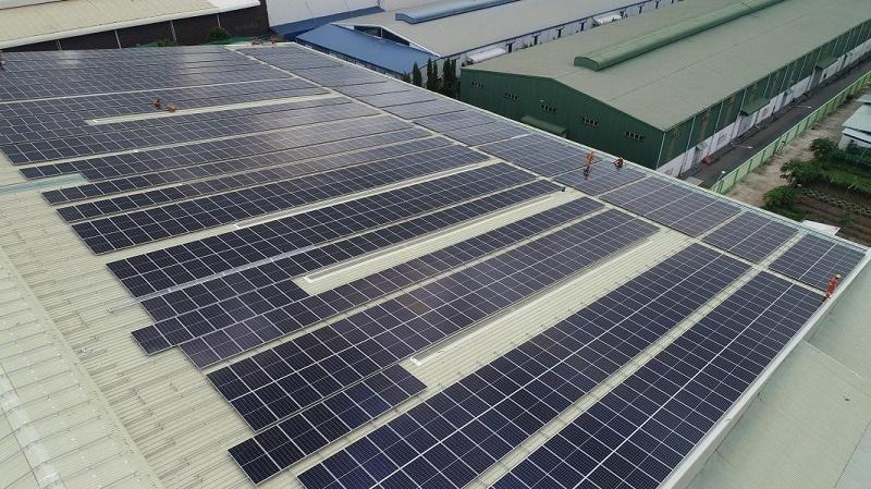 Điện mặt trời áp mái nhà tại Khu công nghiệp Tân Tạo, TP.HCM. Ảnh:st