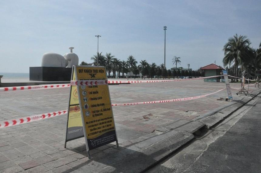 Thành phố Đà Nẵng đã cấm hoạt động tắm biển.