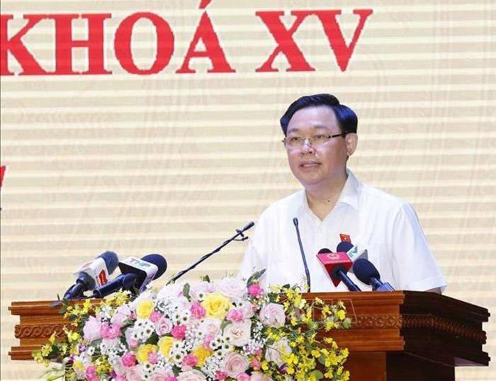 Chủ tịch Quốc hội Vương Đình Huệ tiếp xúc cử tri thành phố Hài Phòng (Ảnh - Quochoi.vn)