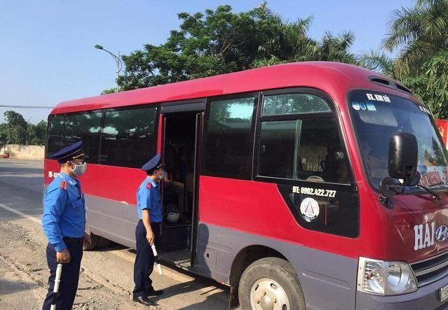 Thanh tra Sở Giao thông vận tải Hà Nội tăng cường kiểm tra phòng chống dịch Covid-19 trong hoạt động vận tải.