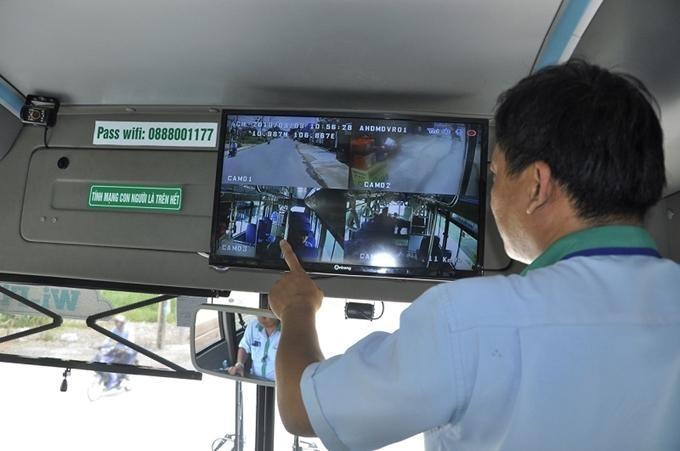 Theo quy định, ngày 1/7/2021 là hạn cuối các doanh nghiệp kinh doanh vận tải phải hoàn tất lắp đặt camera giám sát hành trình.