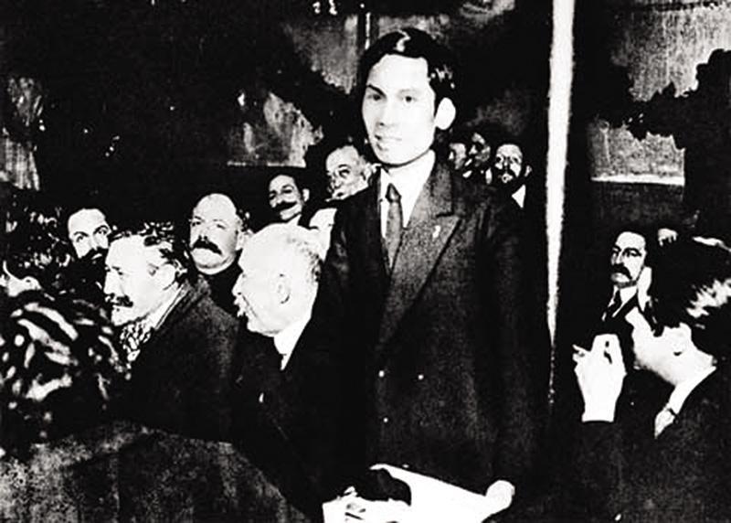 Người thanh niên yêu nước Nguyễn Ái Quốc phát biểu tại Đại hội Đảng Xã hội Pháp họp ở TP. Tours, tháng 12/1920. Ảnh: tư liệu
