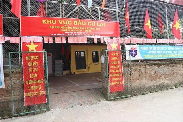 Khu vực bầu cử lại tại xã Tráng Việt (Ảnh TXXVN) .