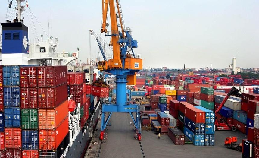 Cước phí vận chuyển hàng hóa đi Mỹ vẫn rất cao, nên nhiều mặt hàng xuất khẩu từ Việt Nam không còn sức cạnh tranh