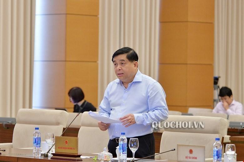 Bộ trưởng Bộ Kế hoạch và Đầu tư Nguyễn Chí Dũng (Ảnh Quochoi.vn)
