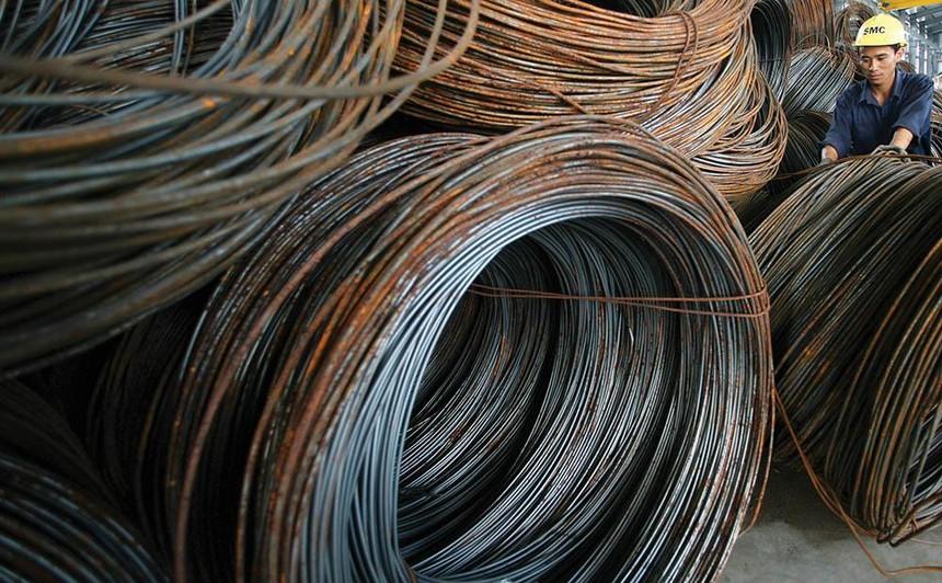 Giá thép dù giảm nhưng vẫn còn cao, đồng thời vật liệu khác không ngừng tăng giá, khiến nhà thầu lao đao ảnh: lê toàn