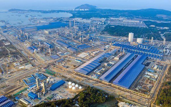Từ tiền đề là Khu liên hợp luyện cán thép Hoà Phát Dung Quất, Quảng Ngãi đang đẩy mạnh mục tiêu thu hút các dự án công nghiệp lớn, sớm đưa địa phương trở thành tỉnh công nghiệp theo định hướng
