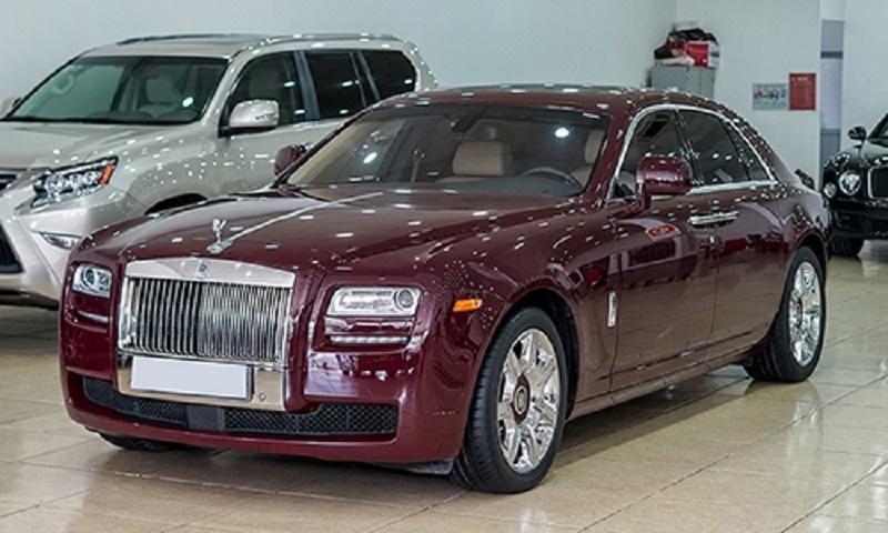 Rolls Royce Ghost 2010 cũng nằm trong danh sách hết hạn nhưng không làm thủ tục chuyển nhượng