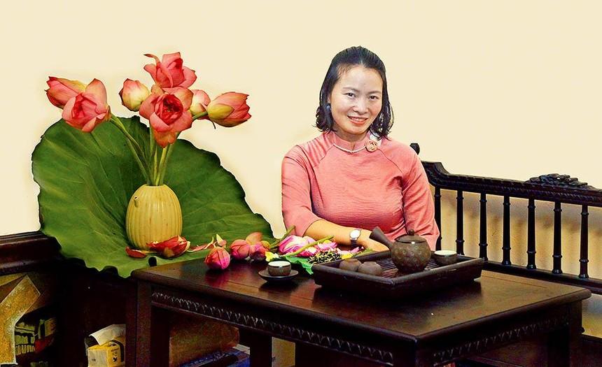 Doanh nhân Nguyễn Thị Bách Diệp, chủ Doanh nghiệp Sản xuất trà sen Bách Diệp.