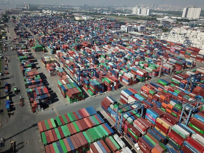 Container hàng hoá tại Tân Cảng- Cát Lái. (ảnh: Lê Toàn).