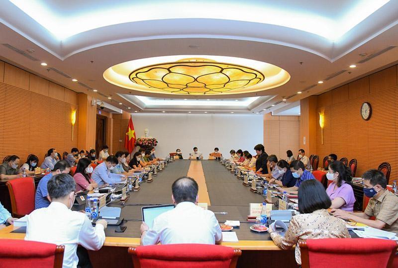 Phiên họp thẩm tra sơ bộ của Thường trực Ủy ban Xã hội (Ảnh - Quochoi.vn)