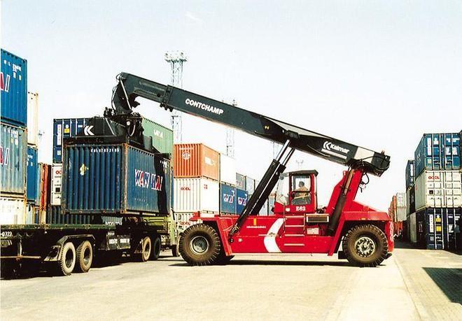 Nguy cơ đứt gãy chuỗi logistics hàng hóa, đặc biệt là hàng hóa xuất nhập khẩu vẫn rất lớn.