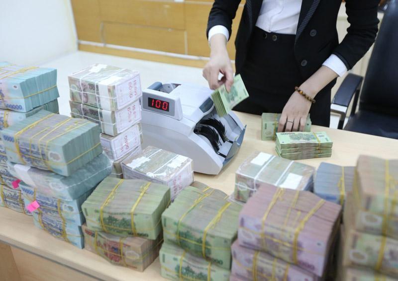 Thống đốc Ngân hàng Nhà nước khẳng định kiểm soát chặt tín dụng vào các lĩnh vực tiềm ẩn rủi ro.