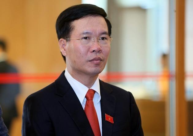 Thường trực Ban Bí thư Võ Văn Thưởng vừa ký ban hành kết luận của Bộ Chính trị về chủ trương khuyến khích và bảo vệ cán bộ năng động, sáng tạo vì lợi ích chung.