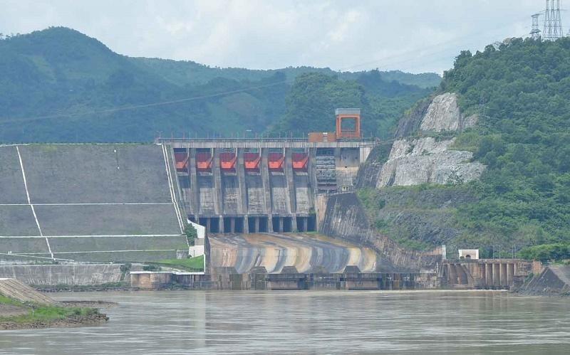 Nước về các hồ thủy điện trên sông Đà năm nay thấp hơn nhiều năm