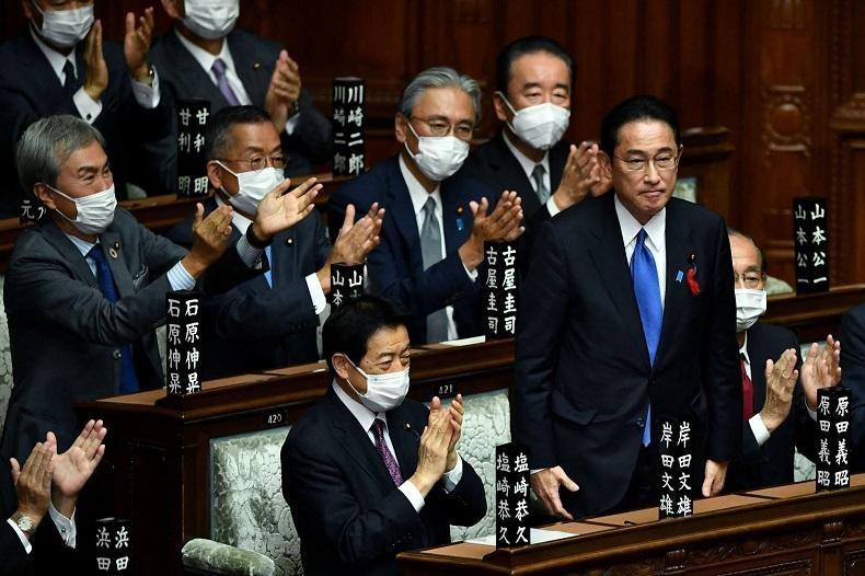 Ông Fumio Kishida, Chủ tịch đảng Dân chủ Tự do được bầu làm Thủ tướng trong một phiên họp triệu tập bất thường của Quốc hội Nhật Bản vào ngày 4/10. Ảnh: AFP