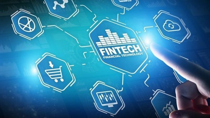 Ào ạt đổ vốn vào Fintech Việt