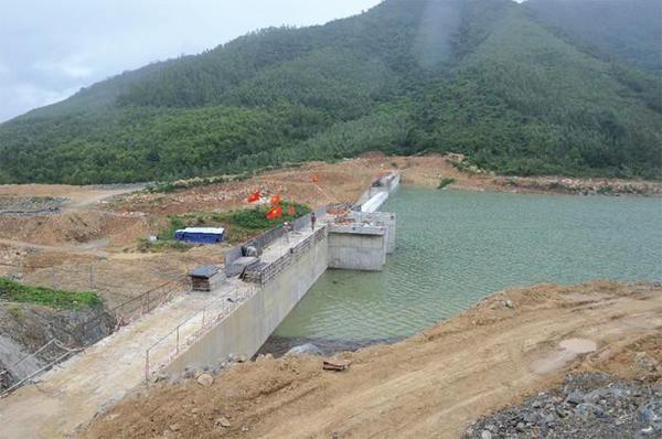 Hồ chứa nước Lỗ Chài trong Khu Nông nghiệp ứng dụng công nghệ cao Phú Yên