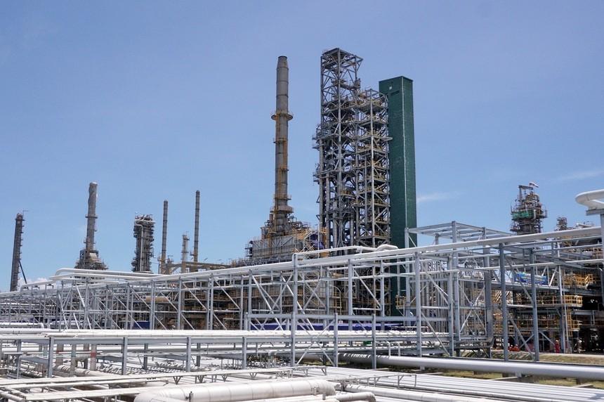 Nhà máy Lọc dầu Dung Quất sản xuất sản phẩm đầu tiên sau bảo dưỡng tổng thể