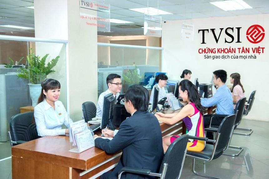 Chứng khoán Tân Việt tặng Quỹ vắc-xin 3 tỷ đồng