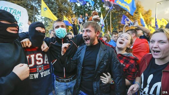 Cuộc đối đầu Nga - Ukraine: Thắng ba, thua bảy
