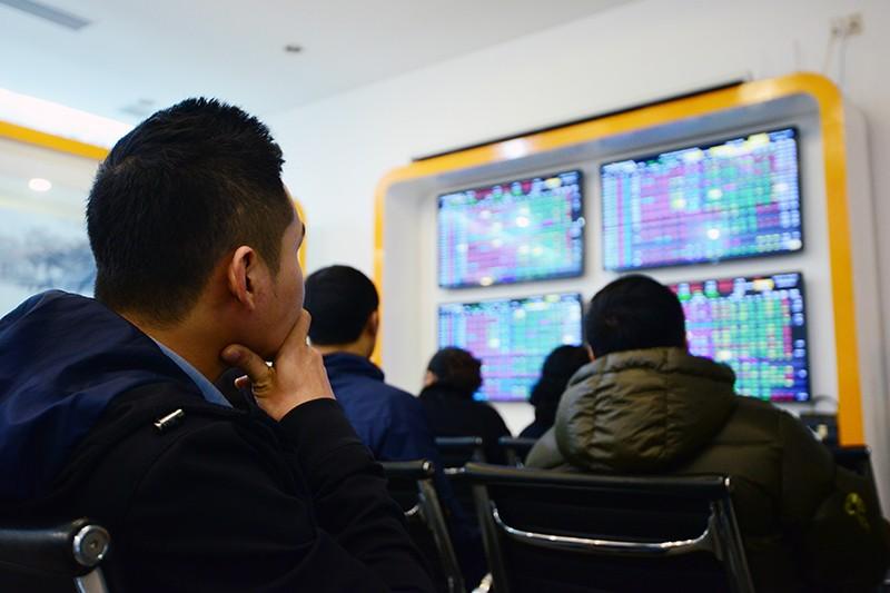 """Đón nguồn cung lớn, Thị trường chứng khoán có """"lệch pha""""?"""