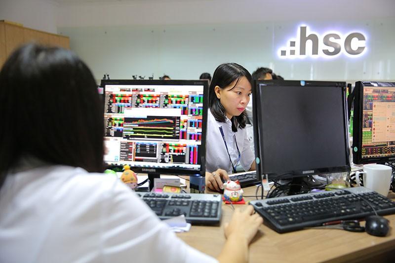 Chứng khoán TP.HCM (HSC) lãi 305 tỷ đồng trong 9 tháng