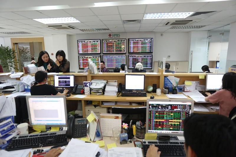 Cần giám sát chặt chẽ việc cho vay đầu tư chứng khoán