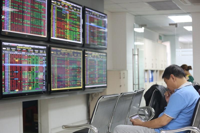 VPBS là công ty chứng khoán đầu tiên miễn phí giao dịch cả trên thị trường phái sinh và cơ sở