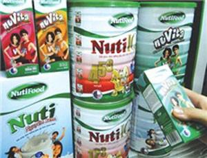 Nutifood tài trợ dinh dưỡng toàn diện cho Học viện Bóng đá HAGL